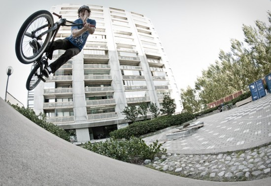 ben-lewis-switch-oppo-bar-550x379
